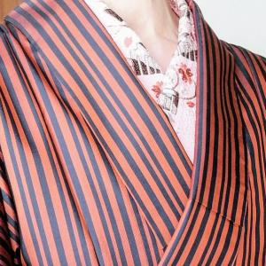 稽古の着物~赤黒の縞大島に刺繍半衿と手作り帯