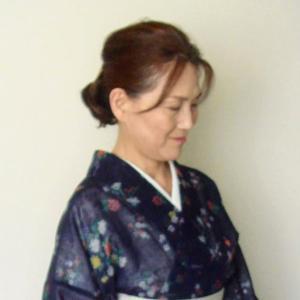 稽古の着物~紗紬、可愛い花柄小紋も帯次第☆夏の帯板☆夏の衿元