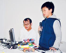 室蘭でプログラミングから電子工作の工夫や苦労発表