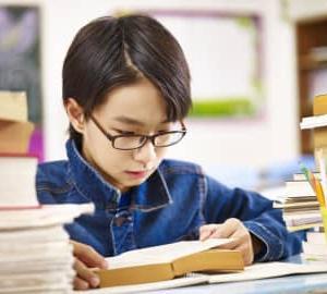 日本人の読解力が15位に再び急落!PISAの「読解力ショック」から日本の教育はどう立ち直るのか