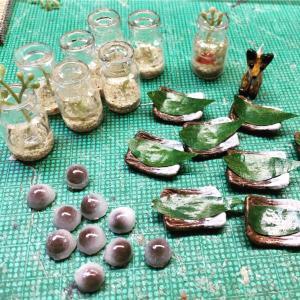 金魚鉢と水まんじゅう