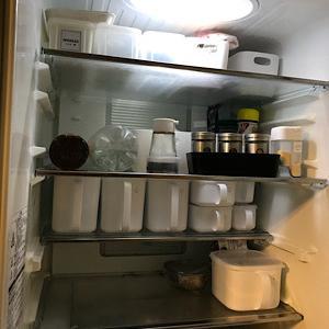 冷蔵庫のドアポケットがスッキリできない!
