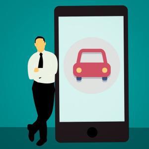 チューリッヒ自動車保険の事故受付がスマホサイトで可能!  【最短約3分で完了】