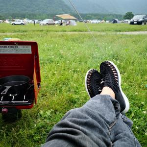 サンダル?いいえ、KEENです!! 夏のキャンプに向けてKEENのUNEEK O2購入! 軽くて涼しくて超快適!!