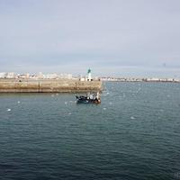 【レ・サーブル・ドロンヌ】灯台まで歩く・世界ヨットレース「ヴァンデ・グローブ」の街から。