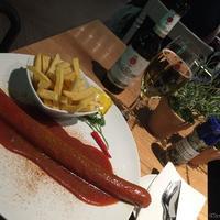【東京→パリ 乗継の旅 ミュンヘン空港】ドイツ料理カリーブルストを有名シェフのお店Schuhbeck'sにて