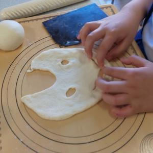 【私のパン時間】親子で作るパンの時間 ~食育だけじゃない、成長を感じる時間~