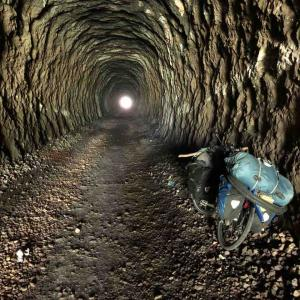 コウモリトンネル