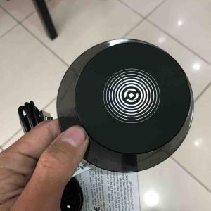 ワイヤレス充電器(メーカー・型番不明)