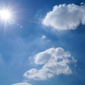 天気に関する英語表現一覧(晴れ・雨・くもり・霧・雹・その他)