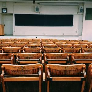 日本人が英語が話せない原因と日本の英語教育が抱える3つの問題点
