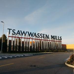 巨大ショッピングモール・トワッセンミルズ(Tsawwassen Mills)に行ってきた