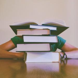 なぜ英語の勉強にモチベーションは必要ないのか?モチベーションを上げようとすればするほど挫折する理由