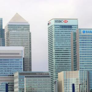 【無料動画付き】海外在住者なら覚えておきたい「銀行で使う英語フレーズ」15選