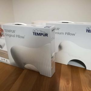 【寝心地抜群】テンピュールの枕を使ったら体の痛みが無くなった!2種寝比べ検証!