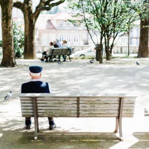歳を取る事が好きになる3つの理由【年齢に固執しない生き方】