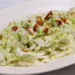 簡単副菜『キャベツとナッツのコールスロー』*今日のレシピ