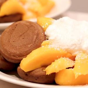 お家カフェ『マンゴーとココナッツのパンケーキ』 #成城石井 #おやつ