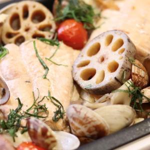 北海道産の生秋鮭で作る『鮭の和風アクアパッツァ』のレシピ*