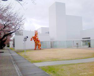 物語の生まれる場所、青森で現代アートを探す旅 −その2【ACAC・十和田市現代美術館・八戸散策】