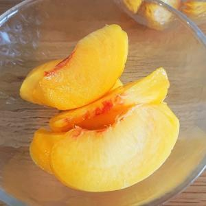 桃の皮むき方法と桃コンポートのつかいみち。