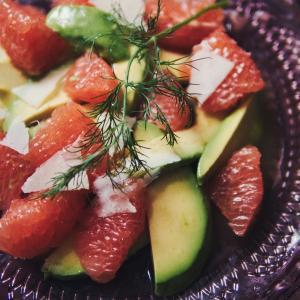 グレープフルーツとアボカドのサラダ