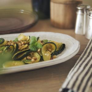 グリルズッキーニのサラダ|サラダ嫌いのサラダ