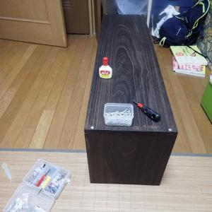 ヴォクシーの荷室に棚を作りました