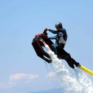 【予告】空飛ぶバイクに挑戦!