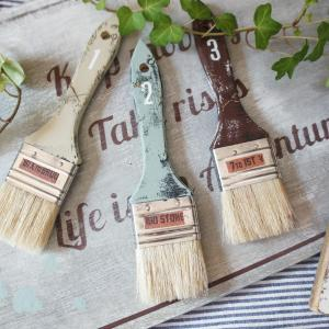 ダイソーの刷毛をおしゃれ雑貨に簡単リメイク&ふつーなステンシルボードを量産