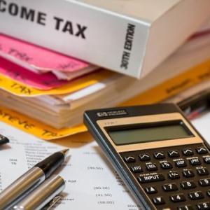 【フリーランスの経費と節税】経費は得か損か?使い過ぎは精神的にツラい