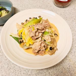 白菜と豚こまのみそマヨ炒め ほか