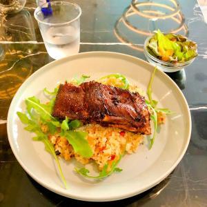 【ランチ】slash cafe&bar川崎でスペアリブジャンバラヤのセットを食べてきたよ
