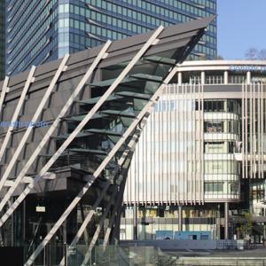 グランフロント大阪/南館から北館へ/建築外観探訪。