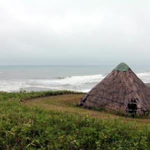 キャンプ場にある竪穴式住居