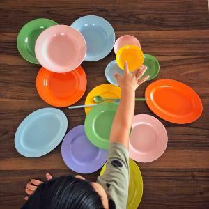 ホーカー皿と打包紙 - New Pasar Baru -