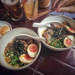 シンガポールで美味しい+麺+餃子セットが食べられるお店 - Dumpling Darlings -