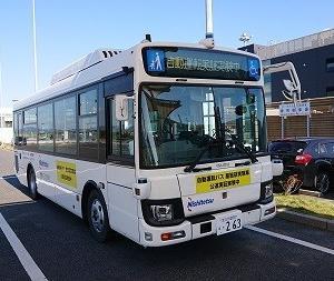 中型自動運転バスの体験試乗