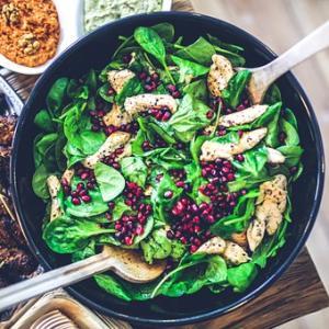 野菜を色良く仕上げるコツ…〝色出し〟について