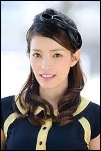 知念里奈の美人3姉妹まとめ!次女は元NHKで末妹は薬剤師!画像