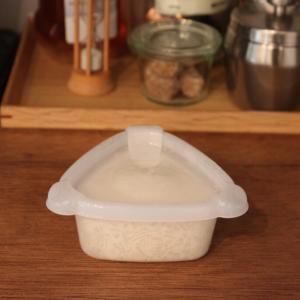 ご飯をおにぎり型で冷凍!おにぎり保存容器(タッパー)が便利すぎ【コンビニおにぎりサイズ】