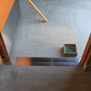 シンプルな手作りの蚊取り線香ホルダー(蚊遣り)東屋・無印良品〜蚊取り線香おすすめ3選