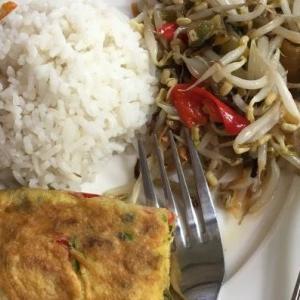 【たべもの小話・レシピ】ジャカルタのカフェご飯を真似してみた件(雰囲気のみ)
