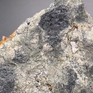 尾去沢の硫酸鉛鉱 Anglesite from Osarizawa