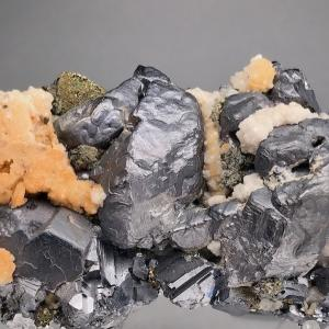 ナイカの方鉛鉱 Galena from Naica