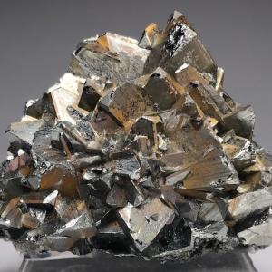安四面銅鉱 Tetrahedrite