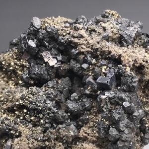 鉛山の閃亜鉛鉱・方鉛鉱 Sphalerite, Galena from Namariyama
