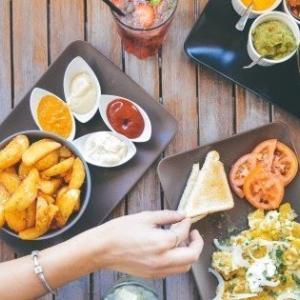 完全食だけで生きていくことはできるのか?