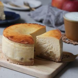 りんごのおいしい季節に食べたい!キャラメルりんごのチーズケーキ