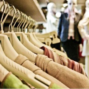 着ている服で「能力の高さ」が判断されるという研究結果(実際、服と能力との関連性はない)